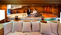 JAde yacht by CRN - Floating tender garage